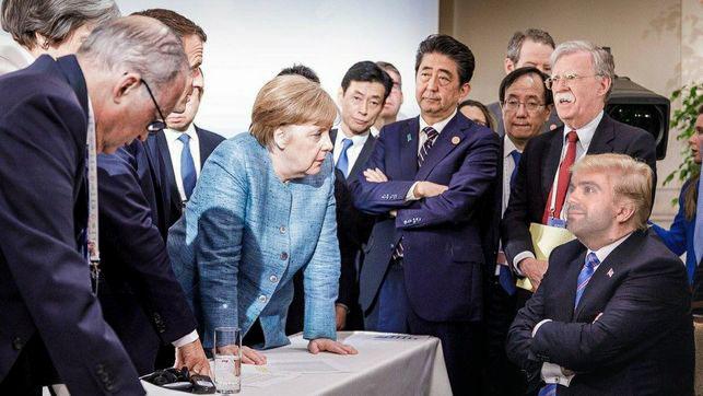 Merkel-Macron-G7-Trump-informal_EDIIMA20180610_0006_24