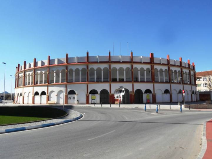 plaza-de-toros-san-isidro-yecla