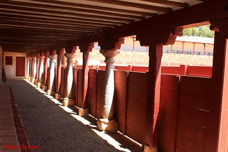 Santuario y plaza de toros de las virtudes en santa cruz de mudela ciudad real